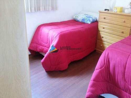 Apartamento, código 7206 em Santos, bairro Embaré