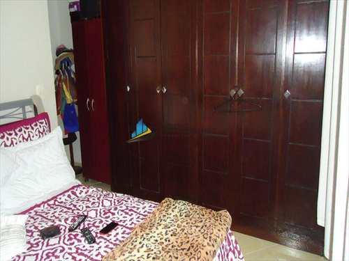Apartamento, código 5705 em Santos, bairro Embaré