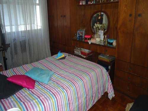 Apartamento, código 4013 em Santos, bairro Embaré