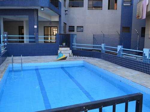 Apartamento, código 745 em Santos, bairro Boqueirão