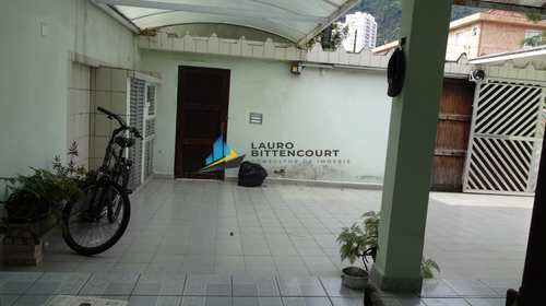 Casa, código 7804 em Santos, bairro Marapé