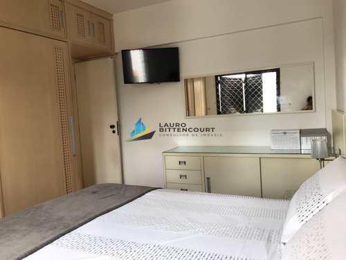 Apartamento, código 7884 em Santos, bairro Marapé