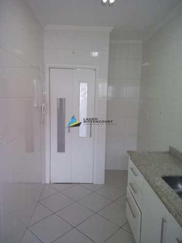 Apartamento, código 7945 em Santos, bairro Aparecida