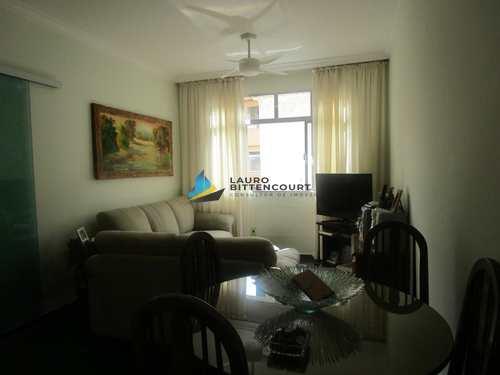 Apartamento, código 8020 em Santos, bairro Embaré