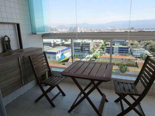 Apartamento, código 8136 em Santos, bairro Macuco