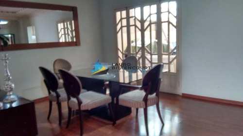 Casa, código 8153 em Santos, bairro Gonzaga