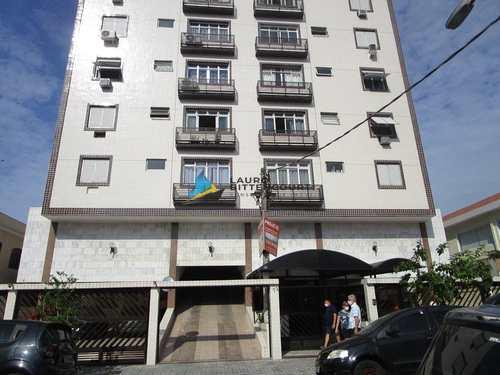 Apartamento, código 8397 em Santos, bairro Marapé