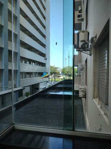 Apartamento, código 8497 em Santos, bairro Gonzaga