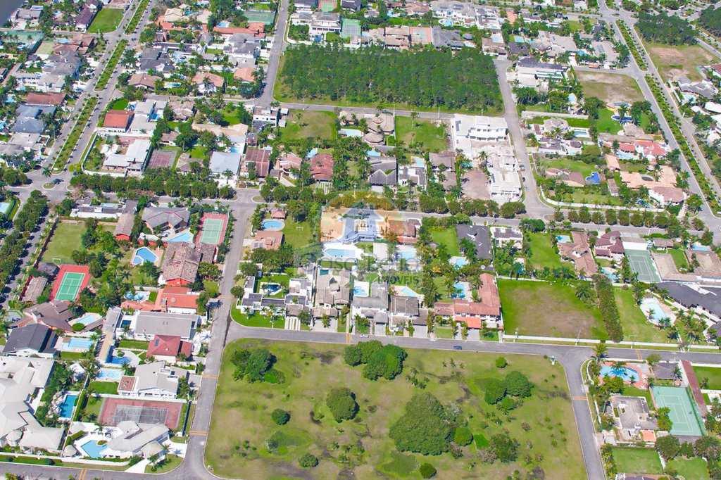 Condomínio em Guarujá, no bairro Acapulco