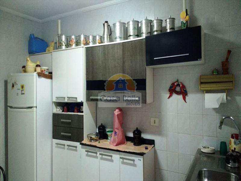 Casa em Guarujá, bairro Jardim Helena Maria