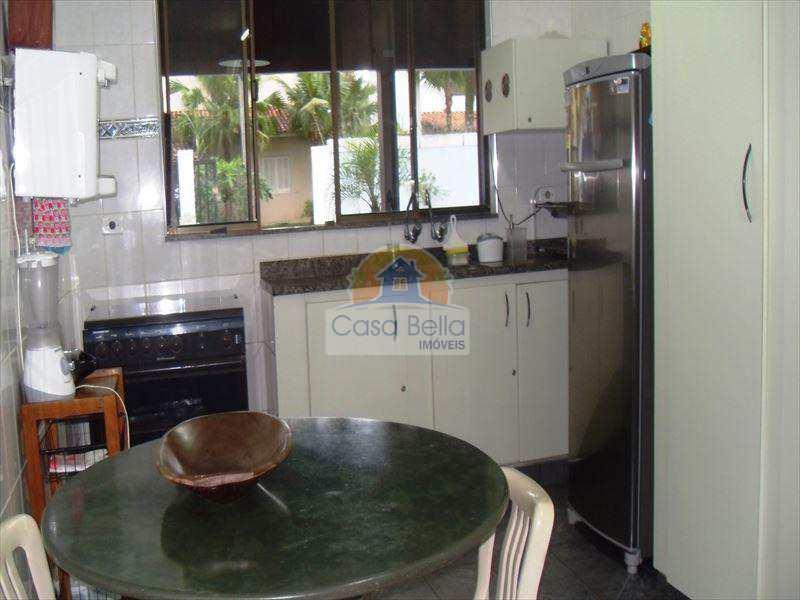 Casa de Condomínio em Guarujá, bairro Balneário Praia do Pernambuco