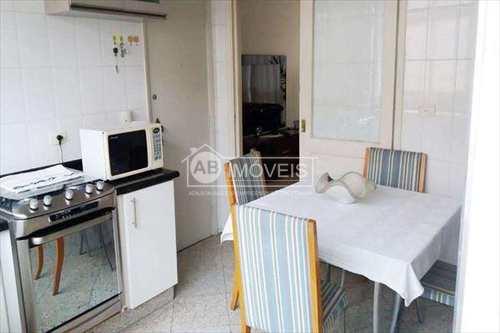 Apartamento, código 2814 em Santos, bairro Embaré