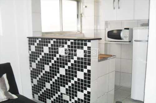 Apartamento, código 2662 em Santos, bairro Boqueirão