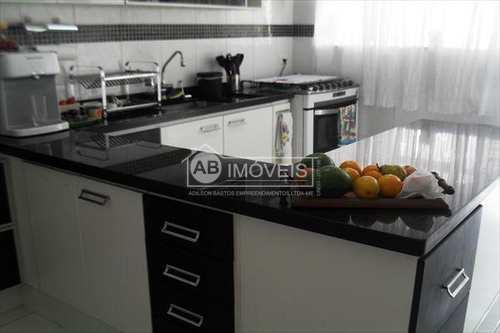 Apartamento, código 2650 em Santos, bairro Campo Grande