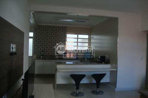 Apartamento, código 2585 em Santos, bairro Embaré