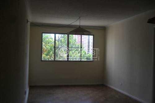 Apartamento, código 2210 em Santos, bairro Embaré