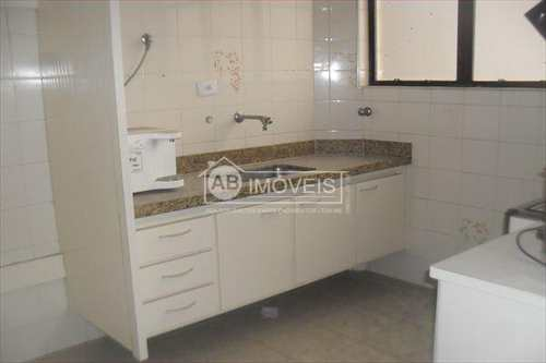 Apartamento, código 2071 em Santos, bairro Pompéia