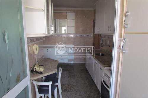 Apartamento, código 2034 em Santos, bairro Boqueirão