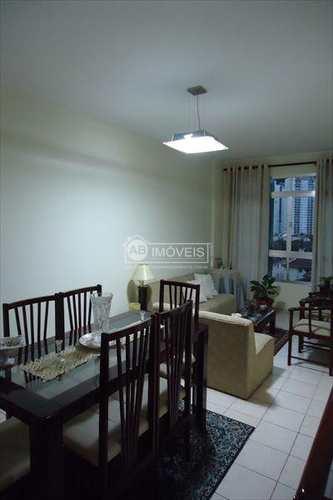 Apartamento, código 1737 em Santos, bairro Marapé