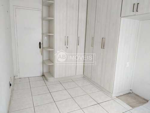 Apartamento, código 3047 em Santos, bairro Embaré