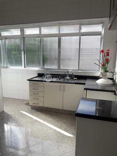 Apartamento, código 3606 em Santos, bairro Embaré