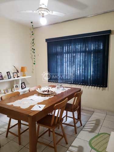 Apartamento, código 3724 em Santos, bairro Aparecida