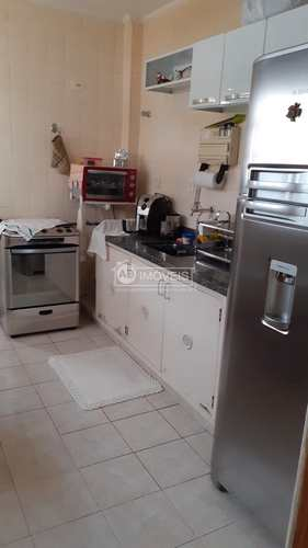 Apartamento, código 4213 em Santos, bairro José Menino