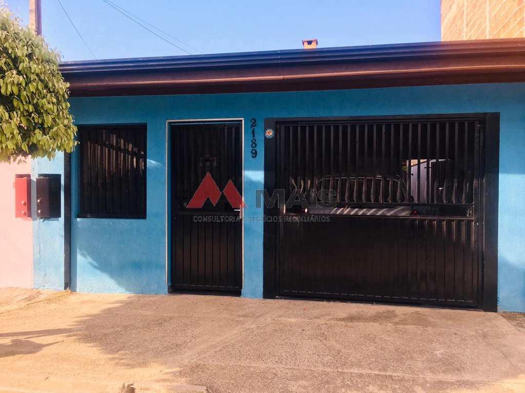 Casa em Salto, no bairro Jardim Santa Efigênia
