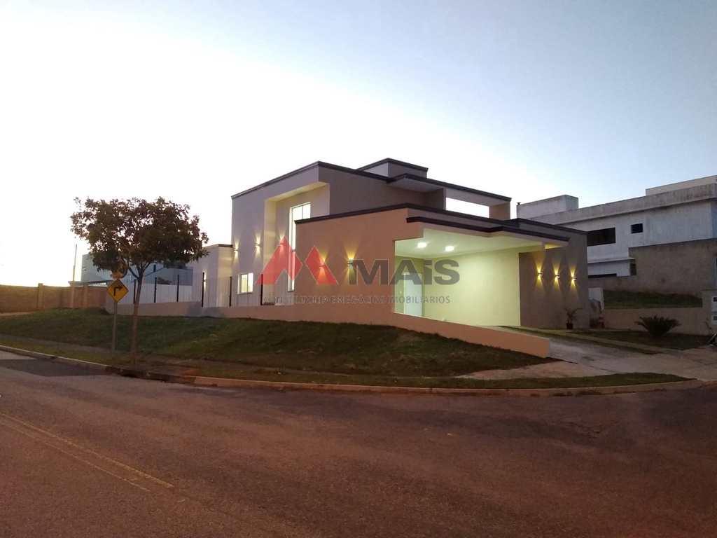 Casa de Condomínio em Salto, no bairro Residencial Central Parque
