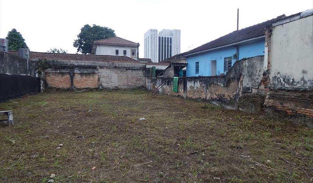 Terreno em Santos, bairro Macuco