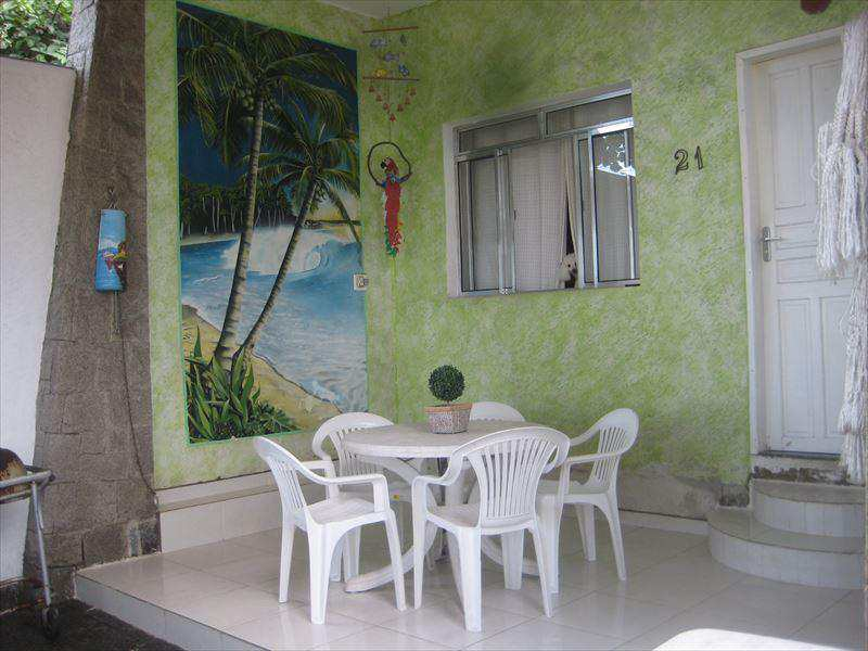 Casa em São Vicente, no bairro Itararé