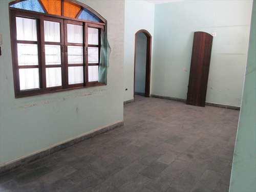 Casa, código 10680 em São Vicente, bairro Centro