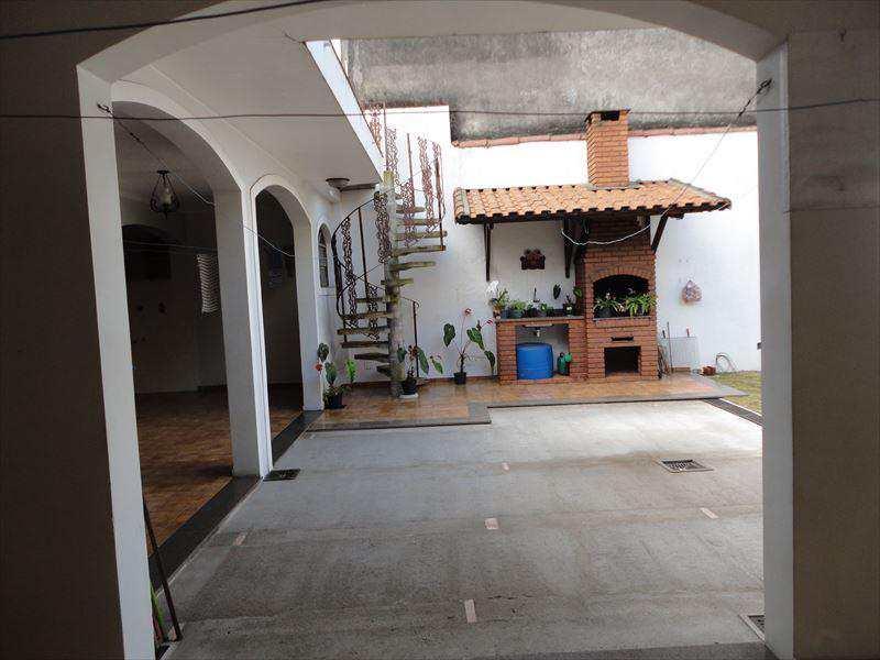 Casa em São Vicente, bairro Centro