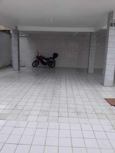Apartamento, código 10899 em São Vicente, bairro Parque Bitaru