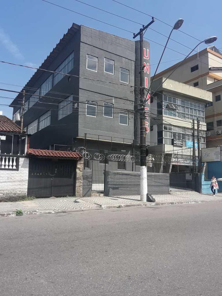 Prédio Comercial em São Vicente, no bairro Centro