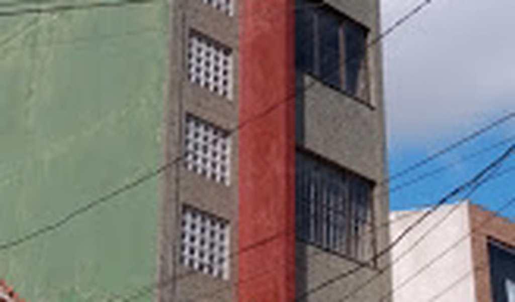 Prédio Comercial em São Vicente, bairro Centro