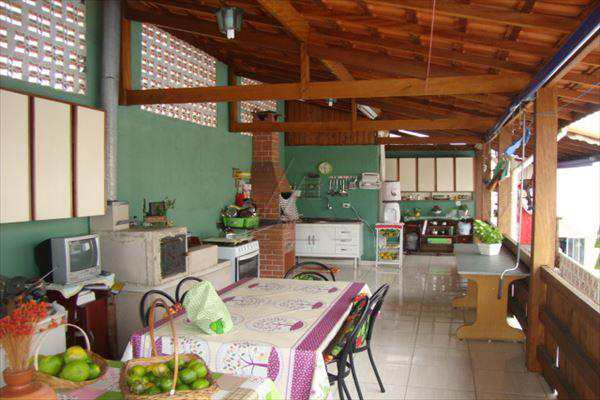 Casa em Taboão da Serra, bairro Jardim Kuabara
