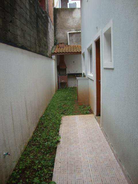 Sobrado em Taboão da Serra, bairro Jardim América