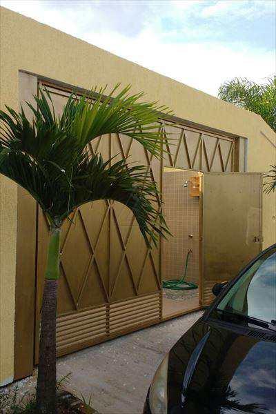 Casa em Taboão da Serra, bairro Jardim Frei Galvão