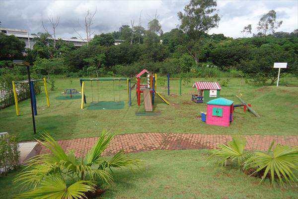 Sobrado de Condomínio em Cotia, no bairro Paisagem Renoir