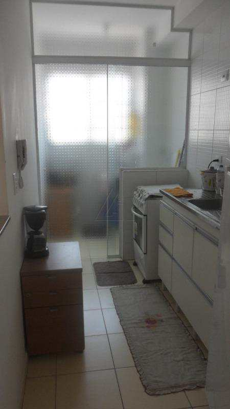 Apartamento em Cotia, bairro Graça