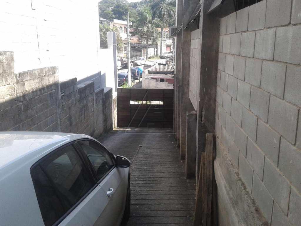 Galpão Industrial em Taboão da Serra, bairro Parque Laguna