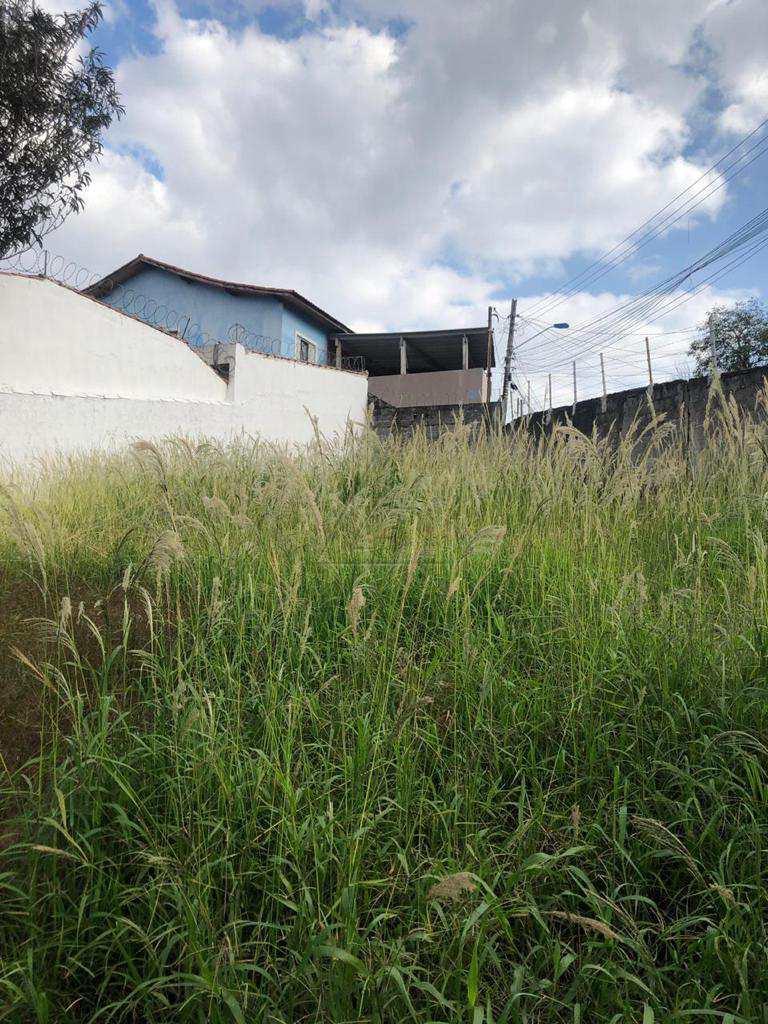 Terreno em Taboão da Serra, no bairro Jardim Guayana