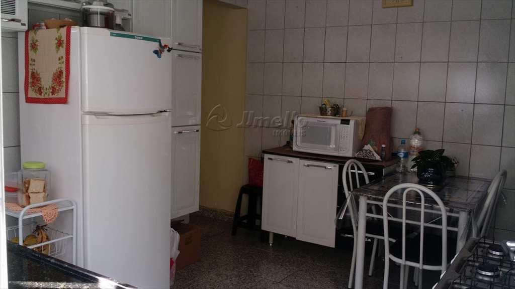 Casa em Mogi das Cruzes, bairro Vila Cléo