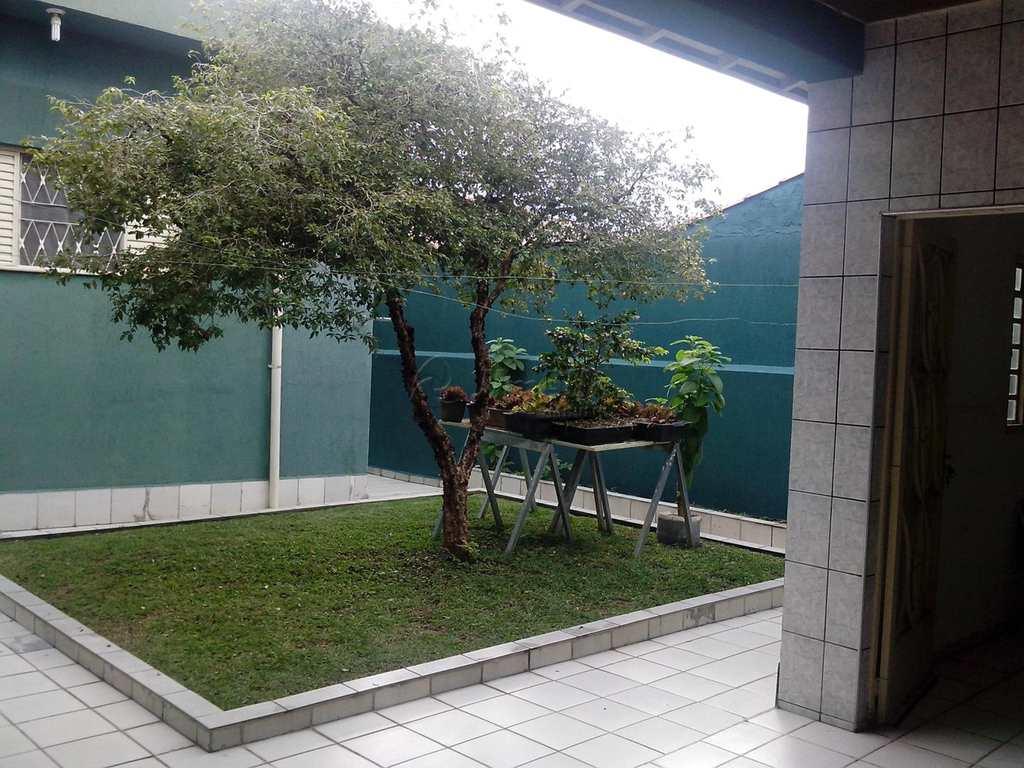 Casa em Mogi das Cruzes, no bairro Jardim São Pedro