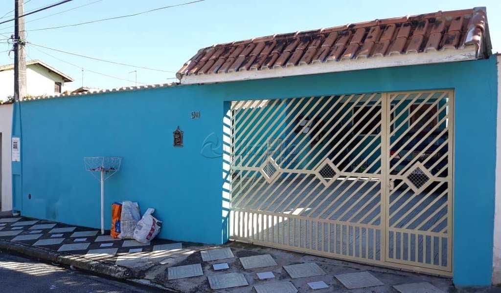 Casa em Mogi das Cruzes, bairro Conjunto Habitacional São Sebastião