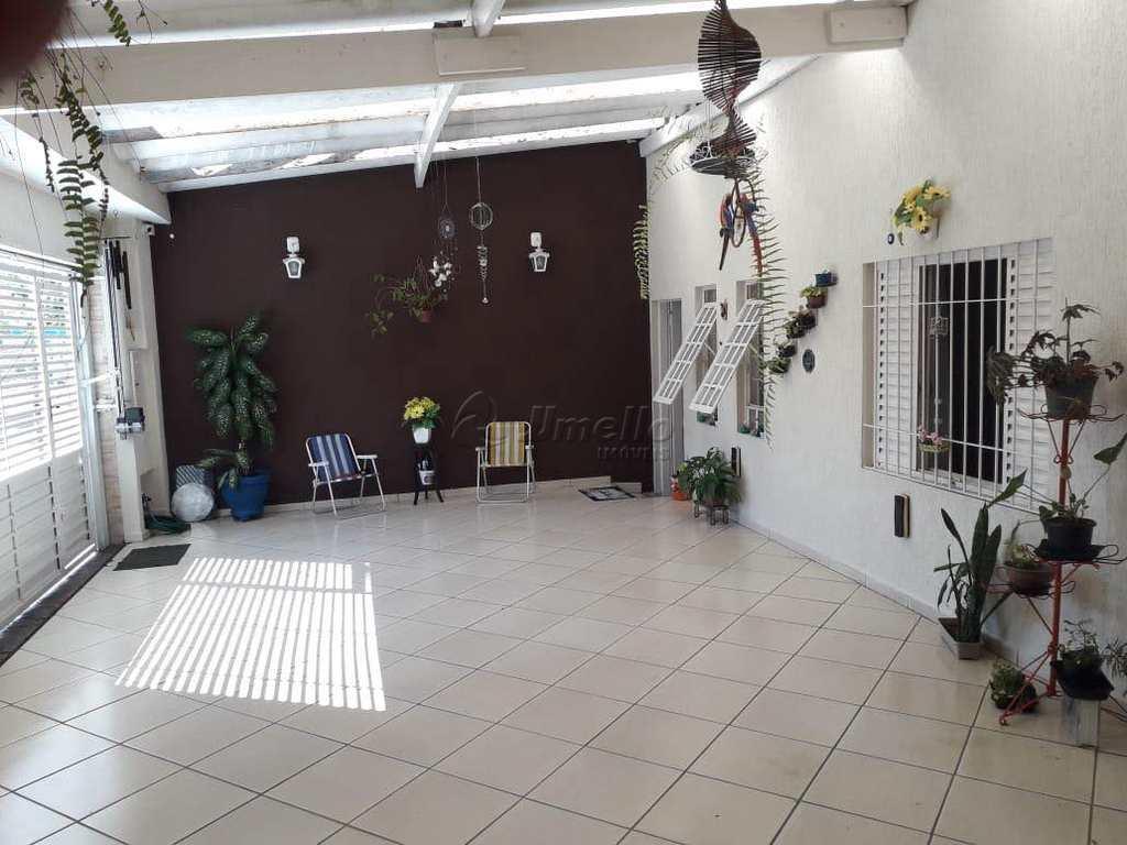 Casa em Mogi das Cruzes, no bairro Conjunto Residencial Álvaro Bovolenta