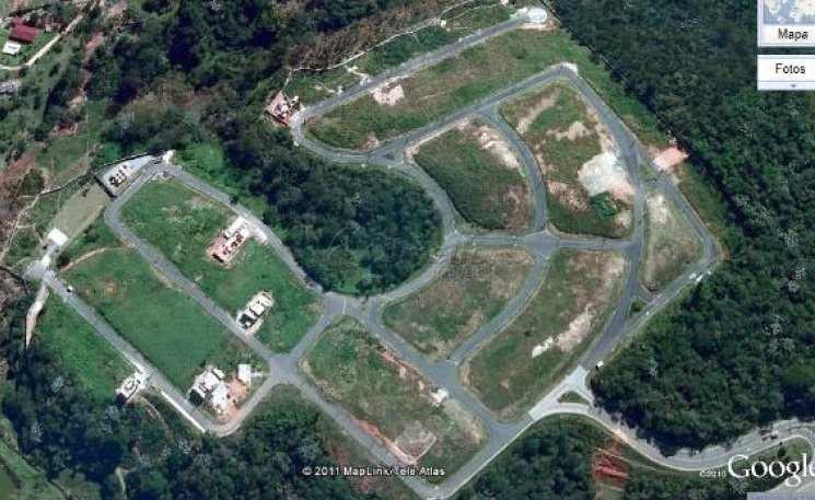 Terreno de Condomínio em Mogi das Cruzes, no bairro Cond. Mosaico da Serra