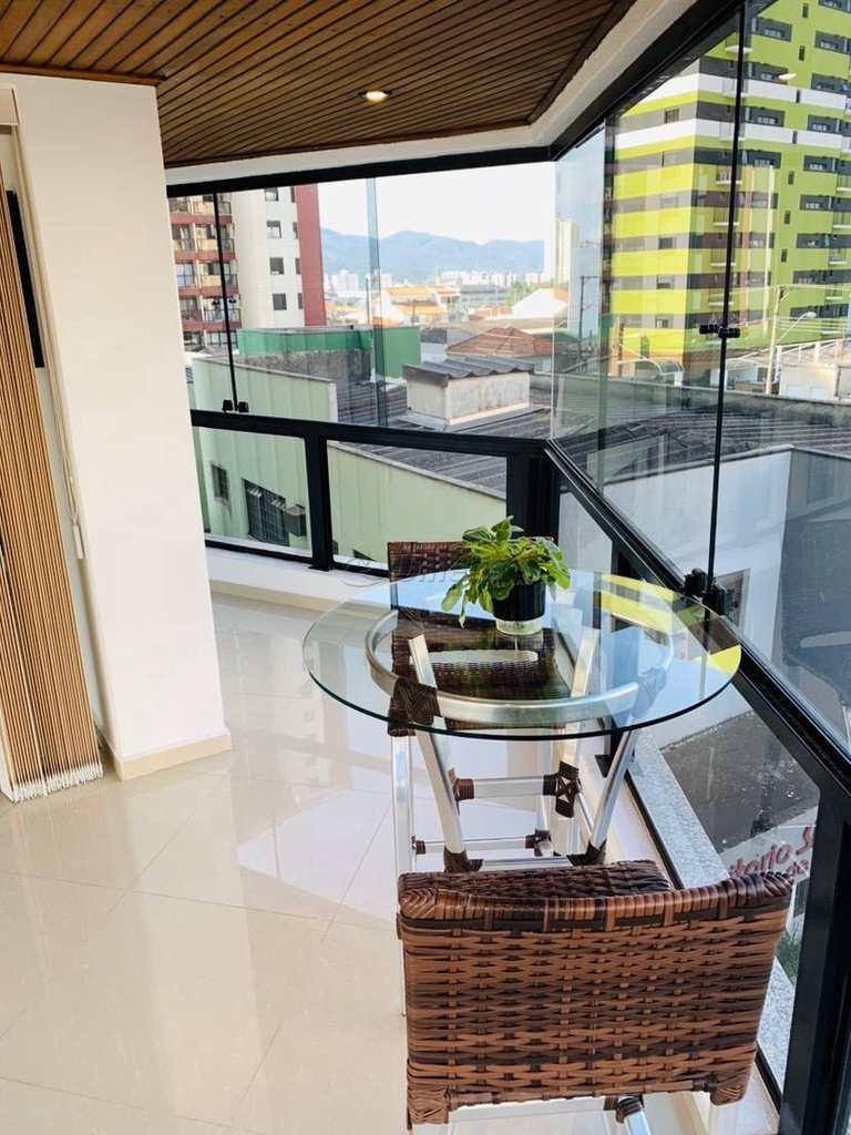 Apartamento em Mogi das Cruzes, no bairro Centro