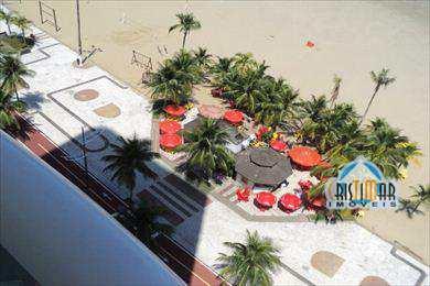 Apartamento em Praia Grande, bairro Canto do Forte